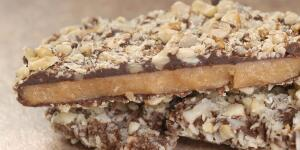 Dark Chocolate English Toffee with pecan unts