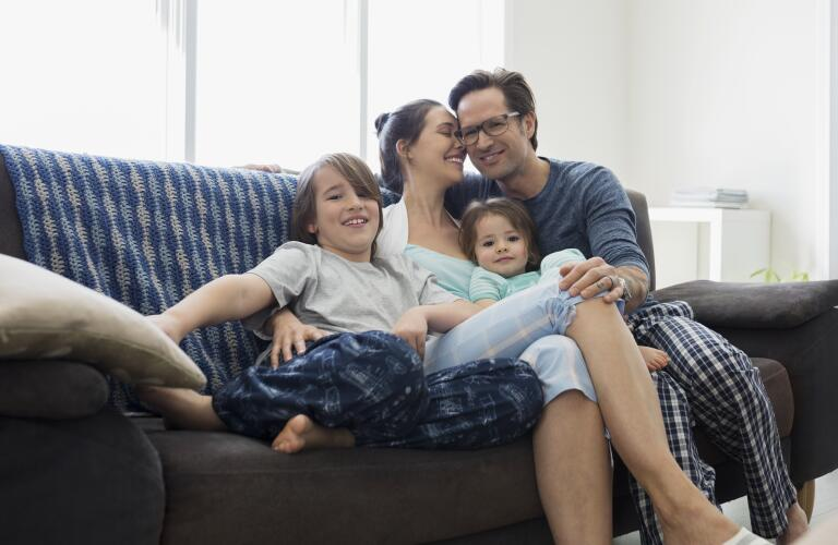 happy-family-on-couch