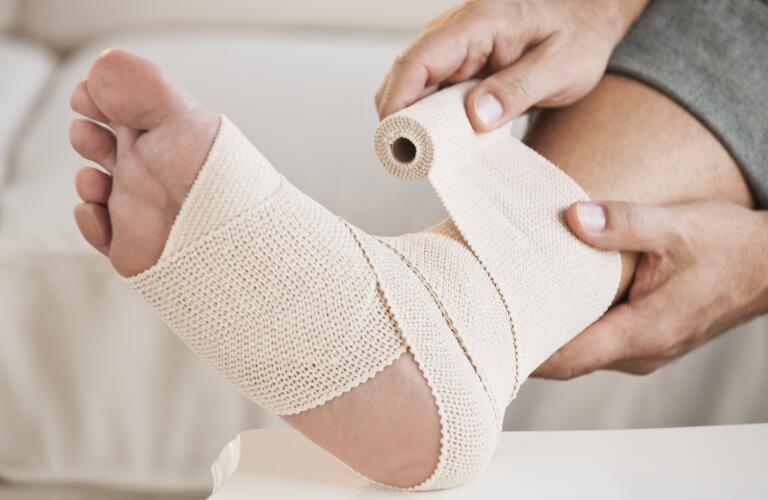 ankle-sprain-bandage
