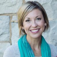 Erin Azuse RN Healthgrades Contributor