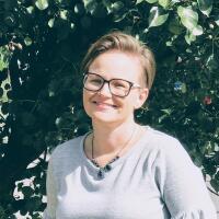 Leanne Donaldson Headshot