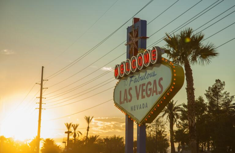 Welcome to Las Vegas sign in front of sunset