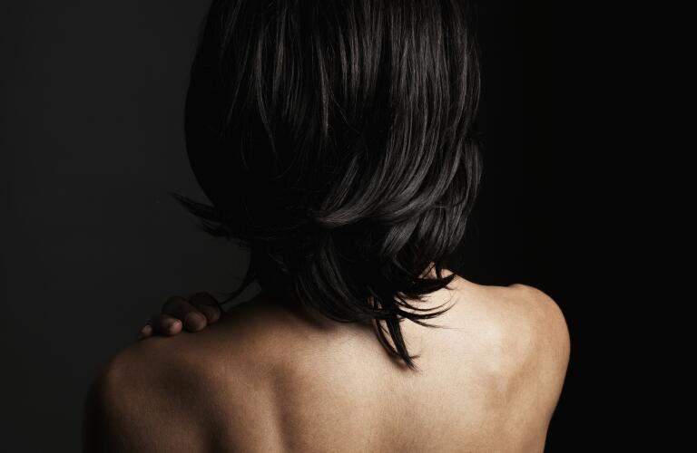 portrait-of-woman-facing-away