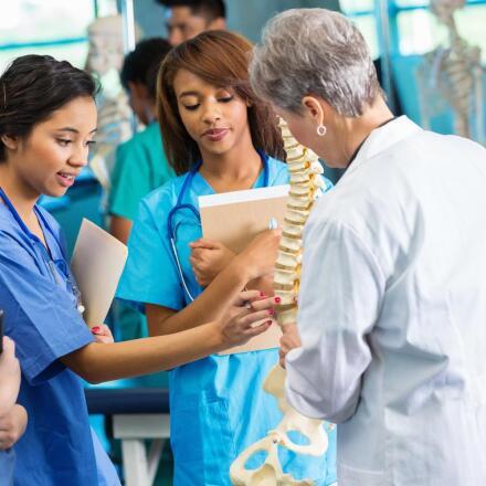 Best Neurosurgeons in Chicago, IL - Brain Surgeons