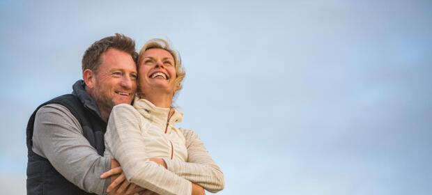 health-lifestyle-couple-smiling