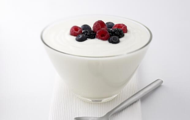 yogurt-and-fruit-with-spoon