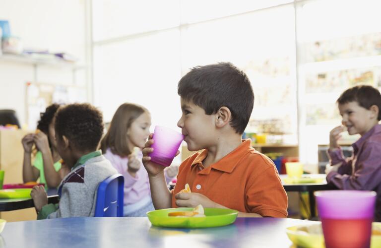 boy-having-lunch-in-school-cafeteria
