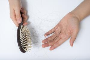 Coping With Hair Loss With Hypothyroidism Healthgrades Com