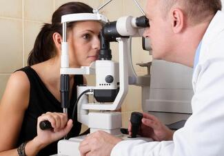 0a1c87433f5 8 Tips for Choosing an Ophthalmologist