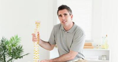 can chiropractors date their former patients