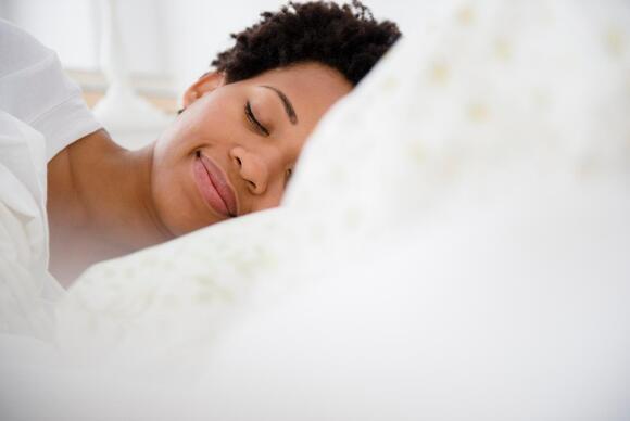 how to sleep to avoid neck pain